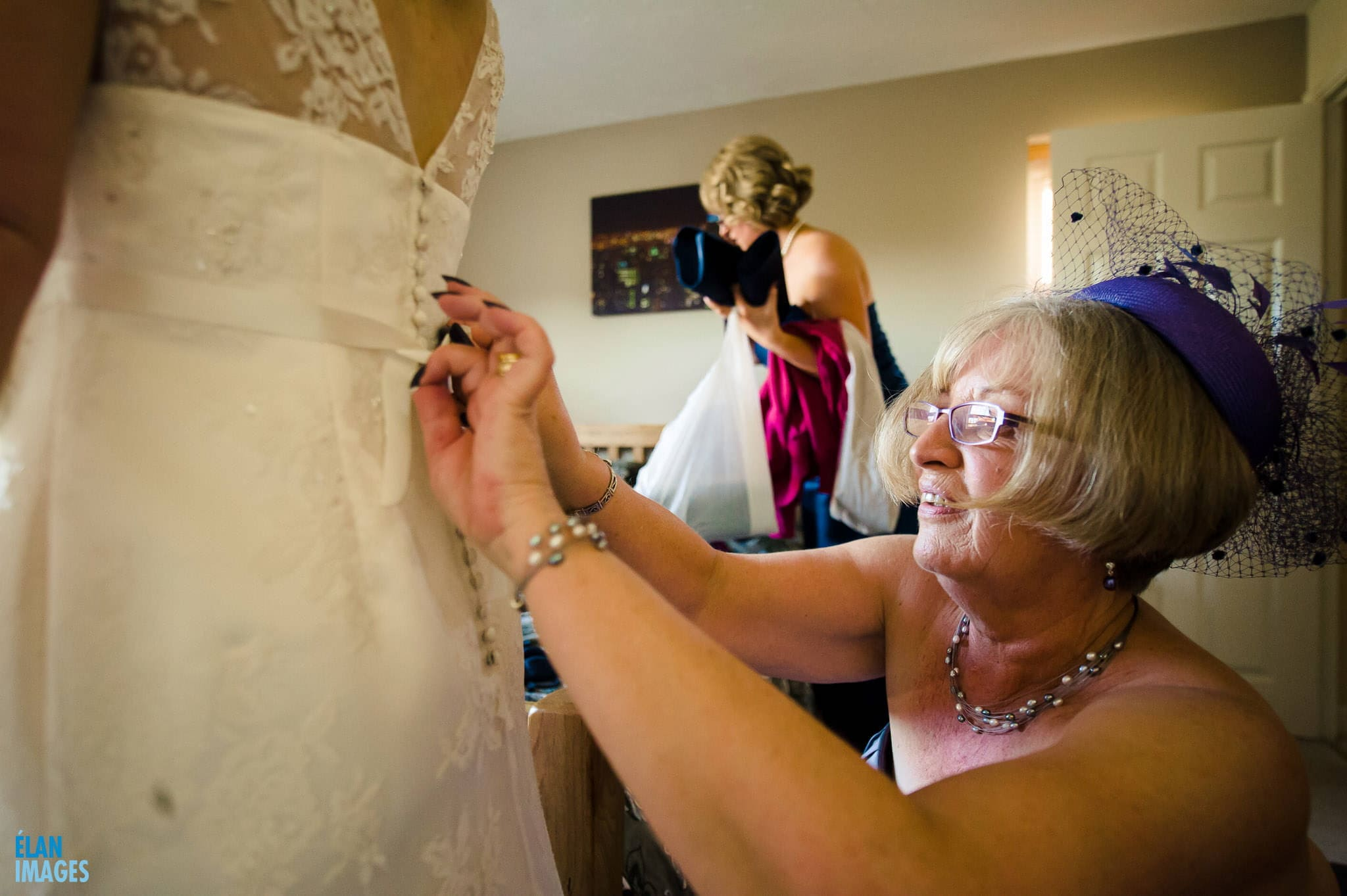 Leigh Park Hotel Wedding in Bradford on Avon 24