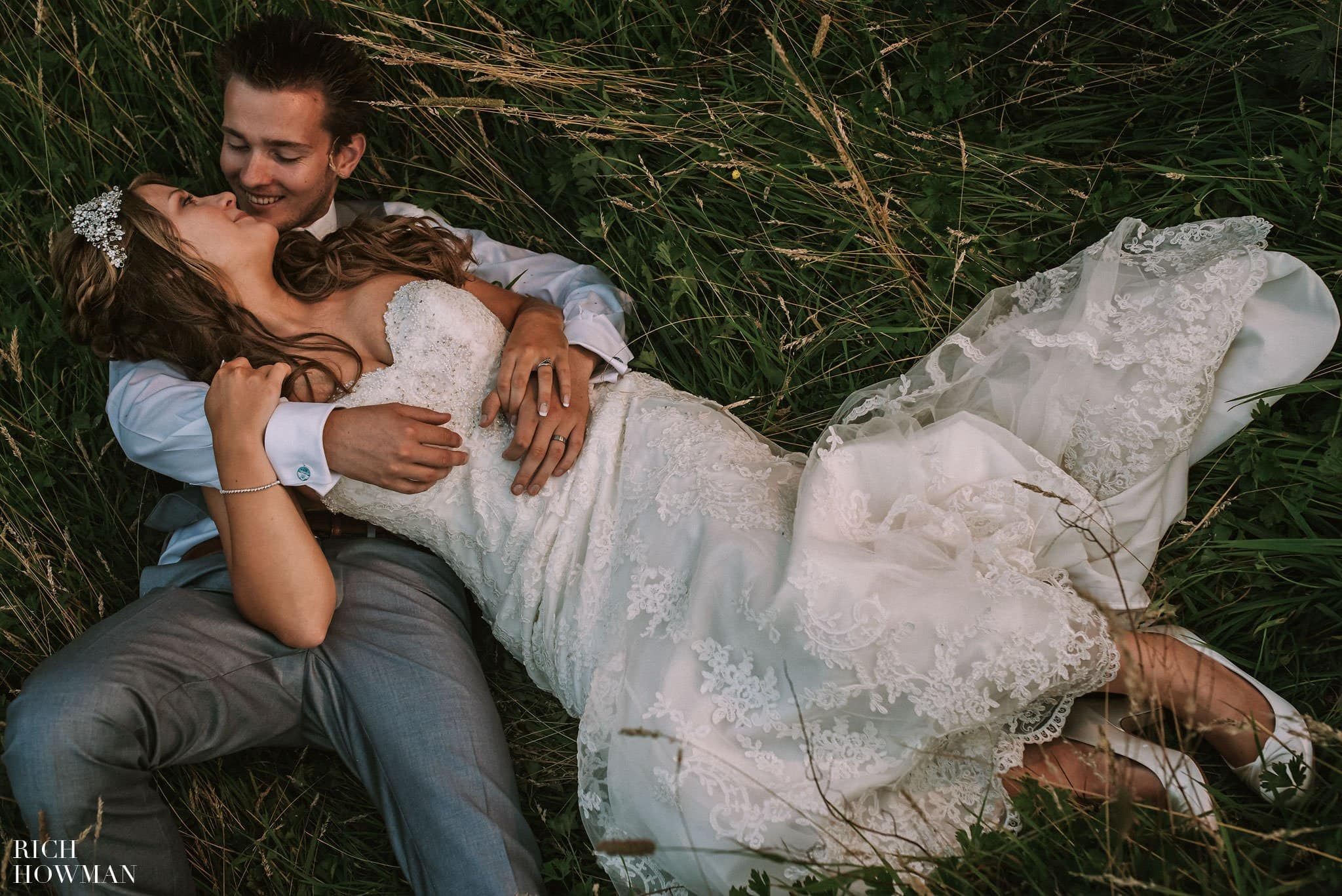 Summertime wedding at Stanton Manor near Chippenham in Wiltshire