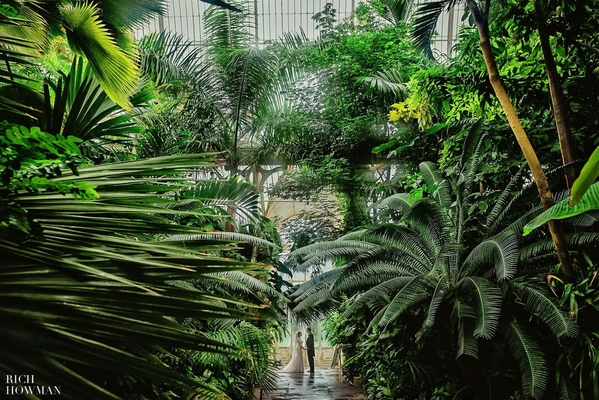Award Winning Wedding Photographer Kew Gardens
