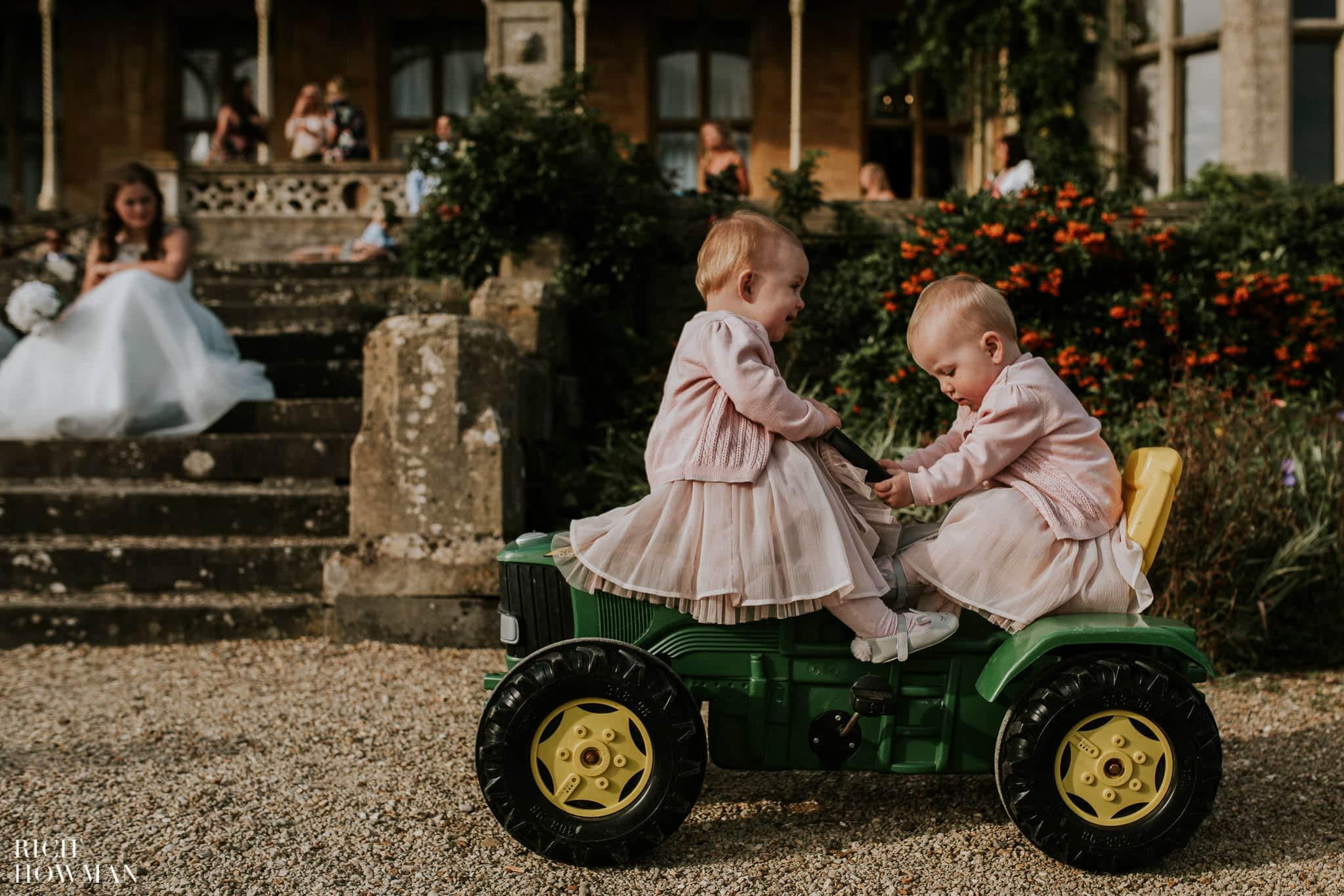 Orchardleigh Wedding Photographer 10