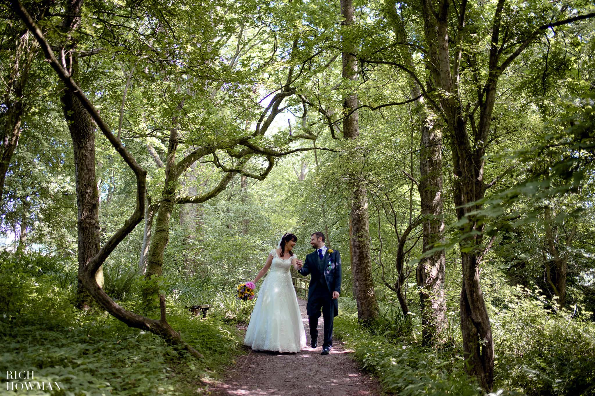 hampstead heath wedding photographer  hill garden and pergola