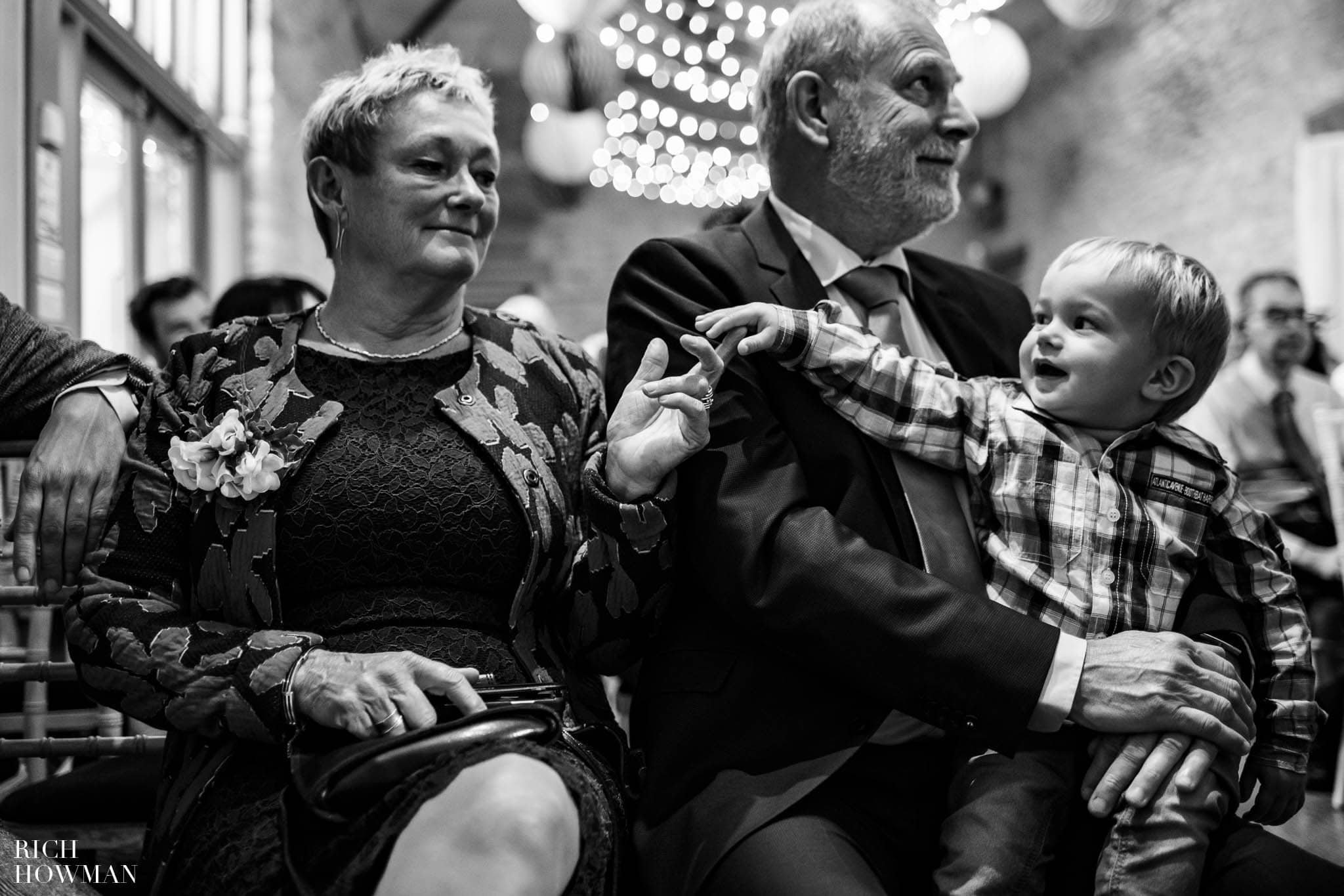 Outdoor Wedding in Bristol   Barn Wedding Photographers 249