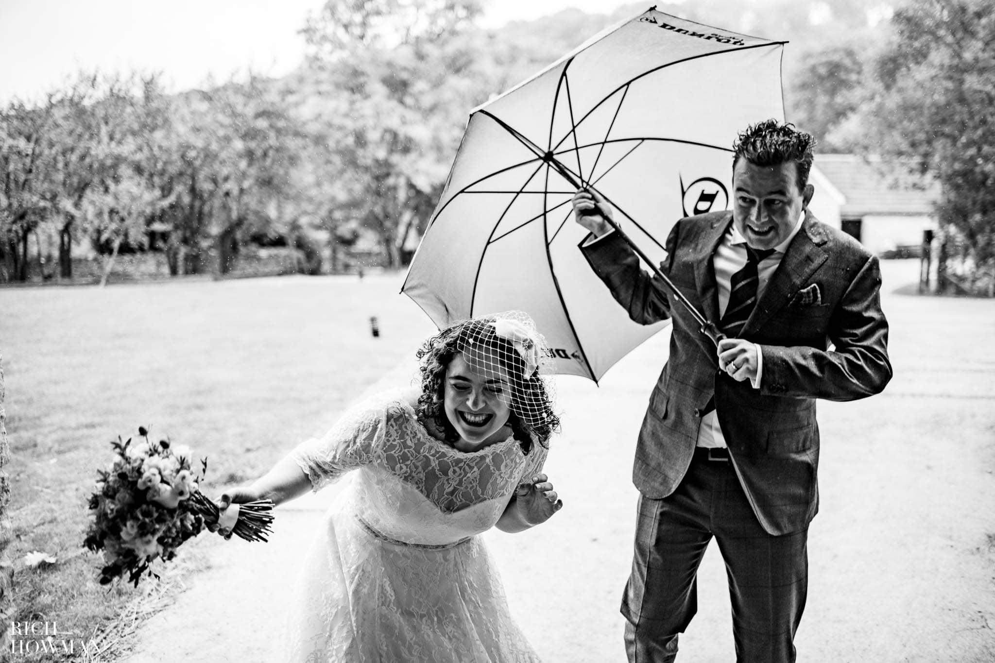 Outdoor Wedding in Bristol   Barn Wedding Photographers 277