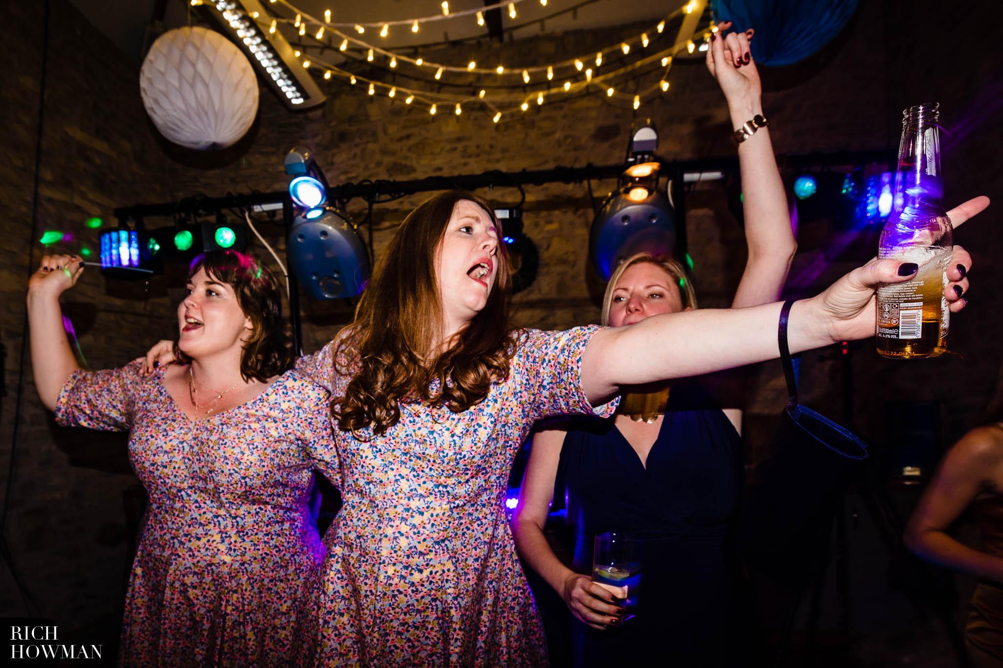 Outdoor Wedding in Bristol   Barn Wedding Photographers 300