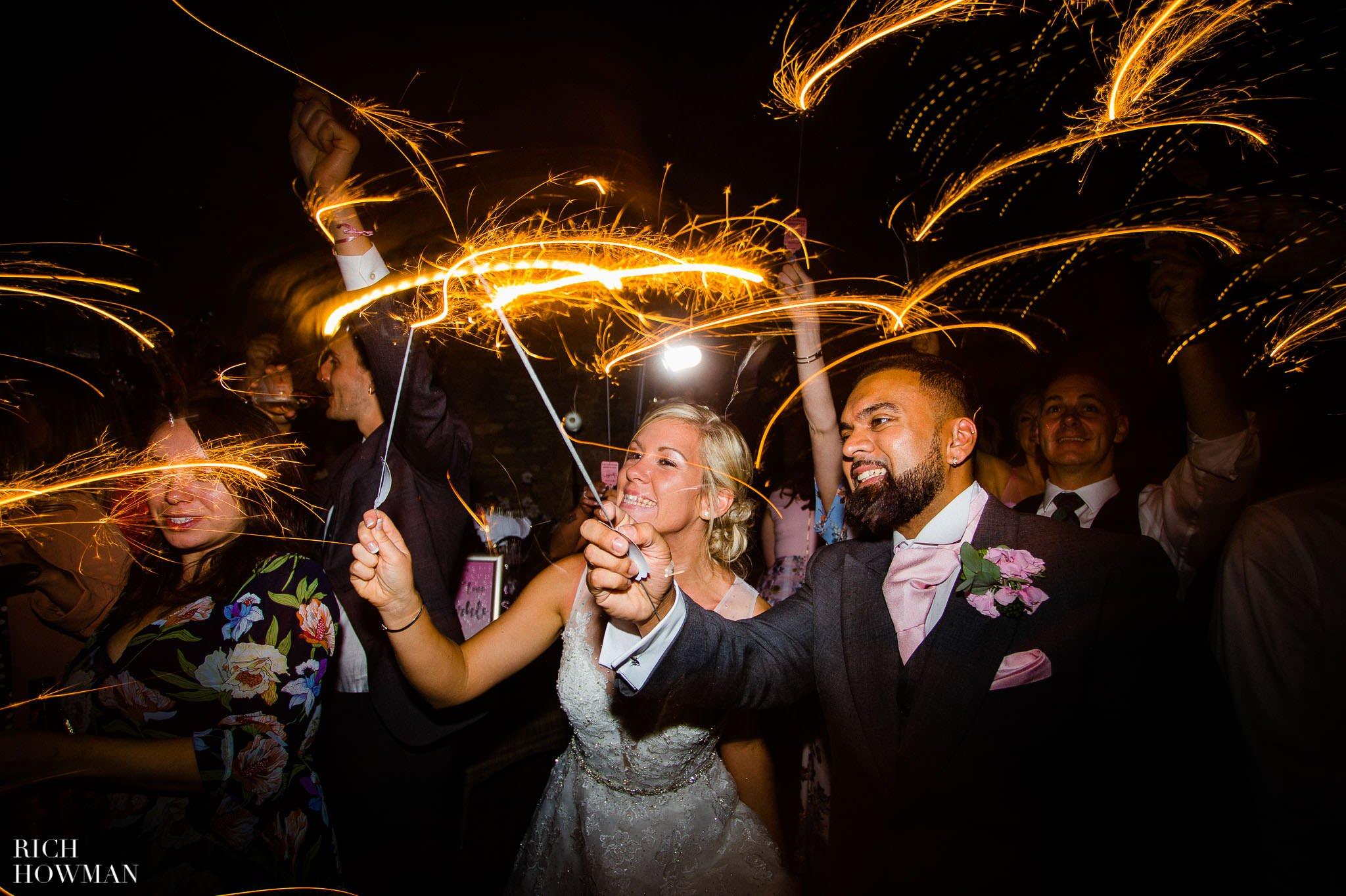 Wedding Photographers in Oxfordshire | Wedding Photographers Witney 444