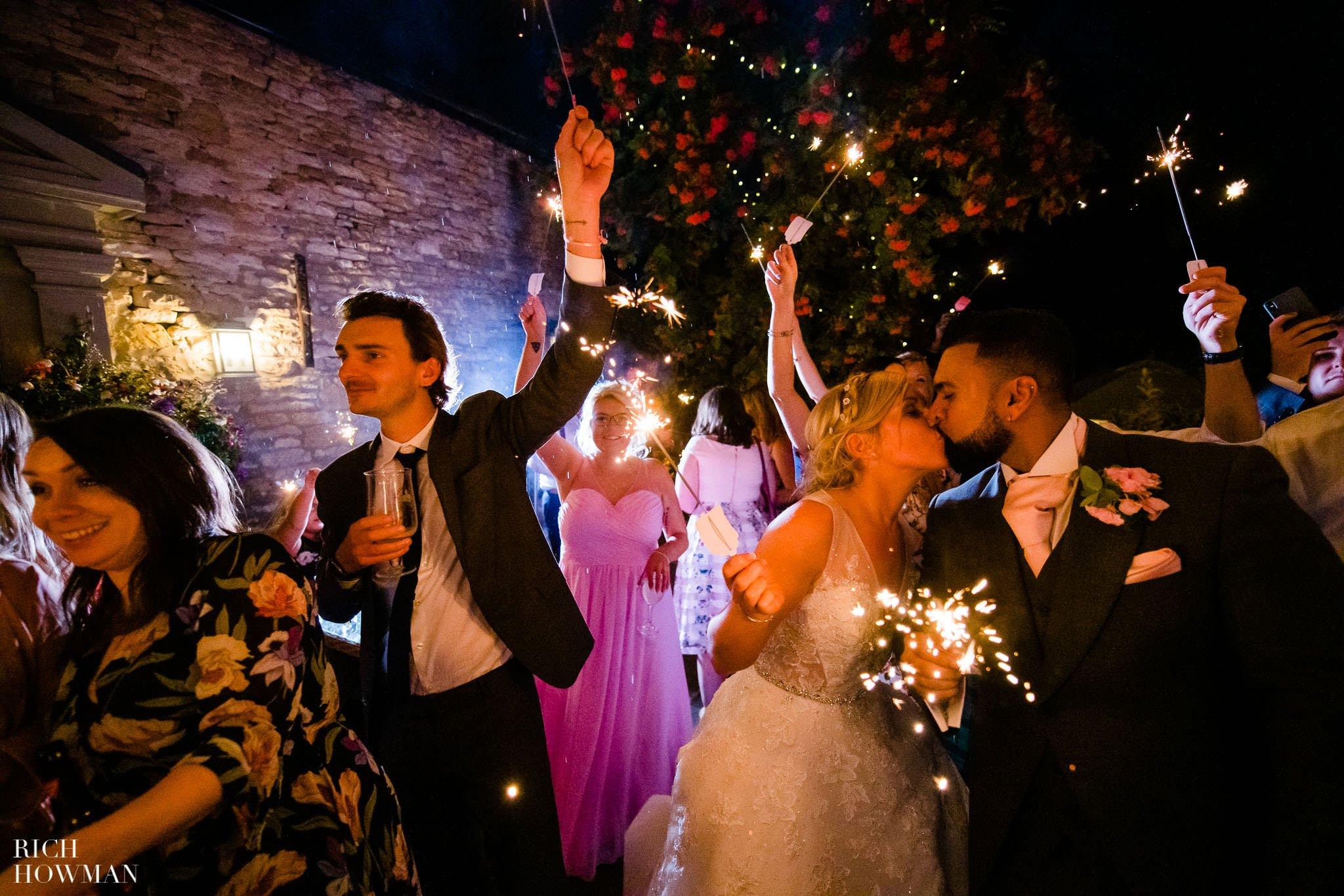Wedding Photographers in Oxfordshire | Wedding Photographers Witney 445