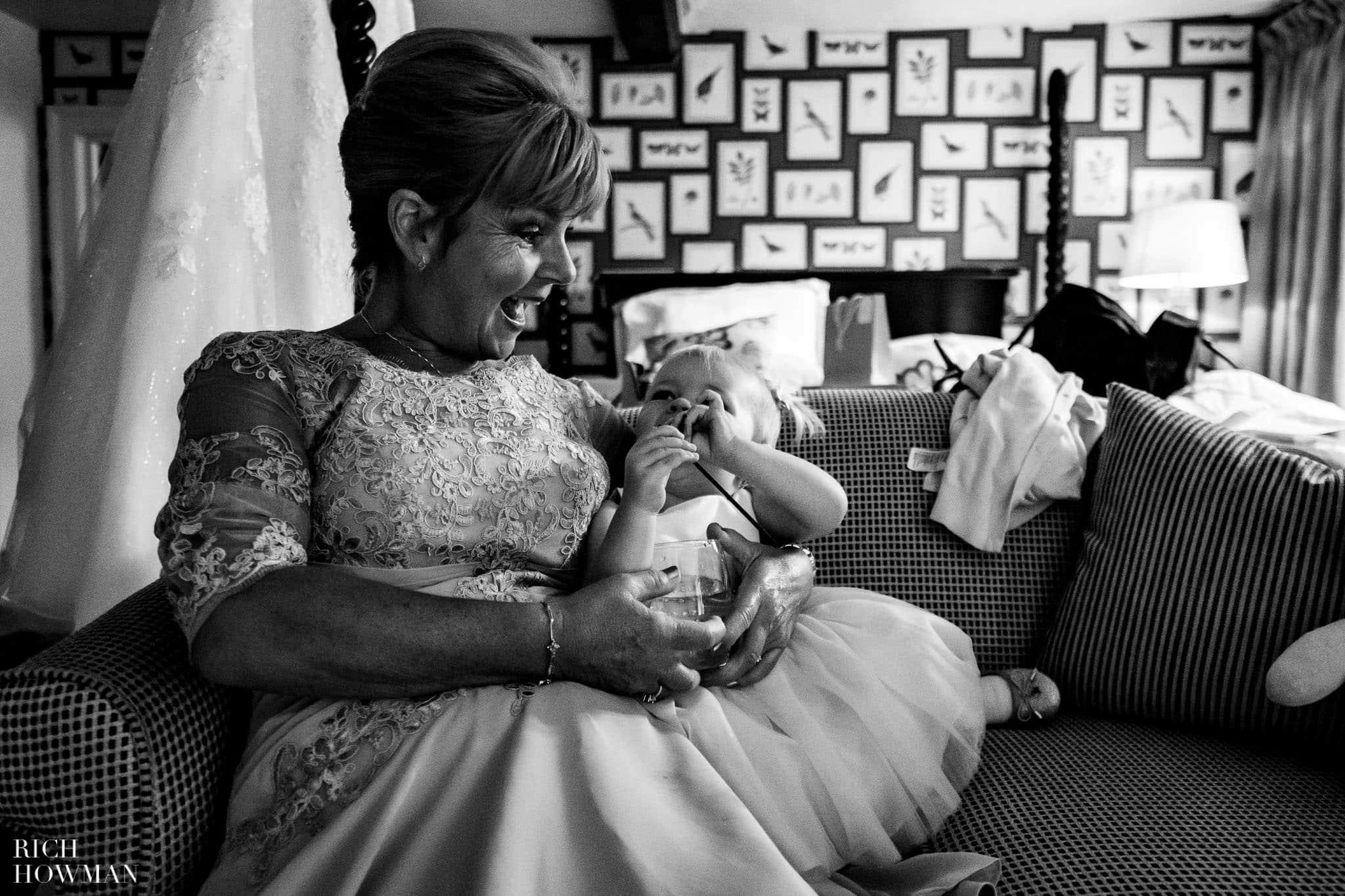 Wedding Photographers in Oxfordshire | Wedding Photographers Witney 333