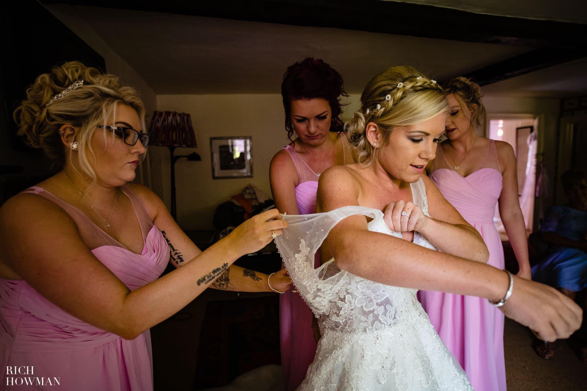 Wedding Photographers in Oxfordshire | Wedding Photographers Witney 336