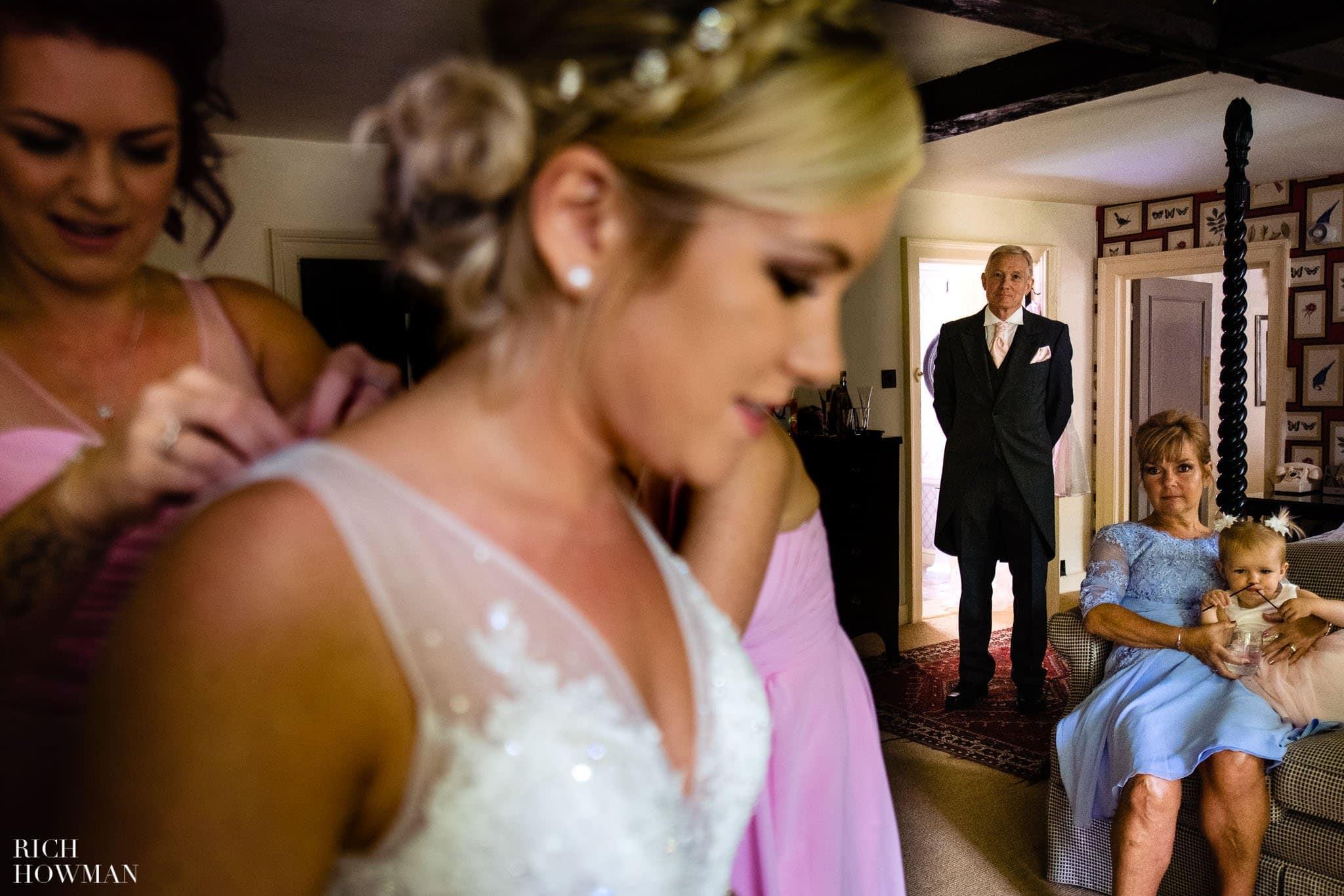 Wedding Photographers in Oxfordshire | Wedding Photographers Witney 338