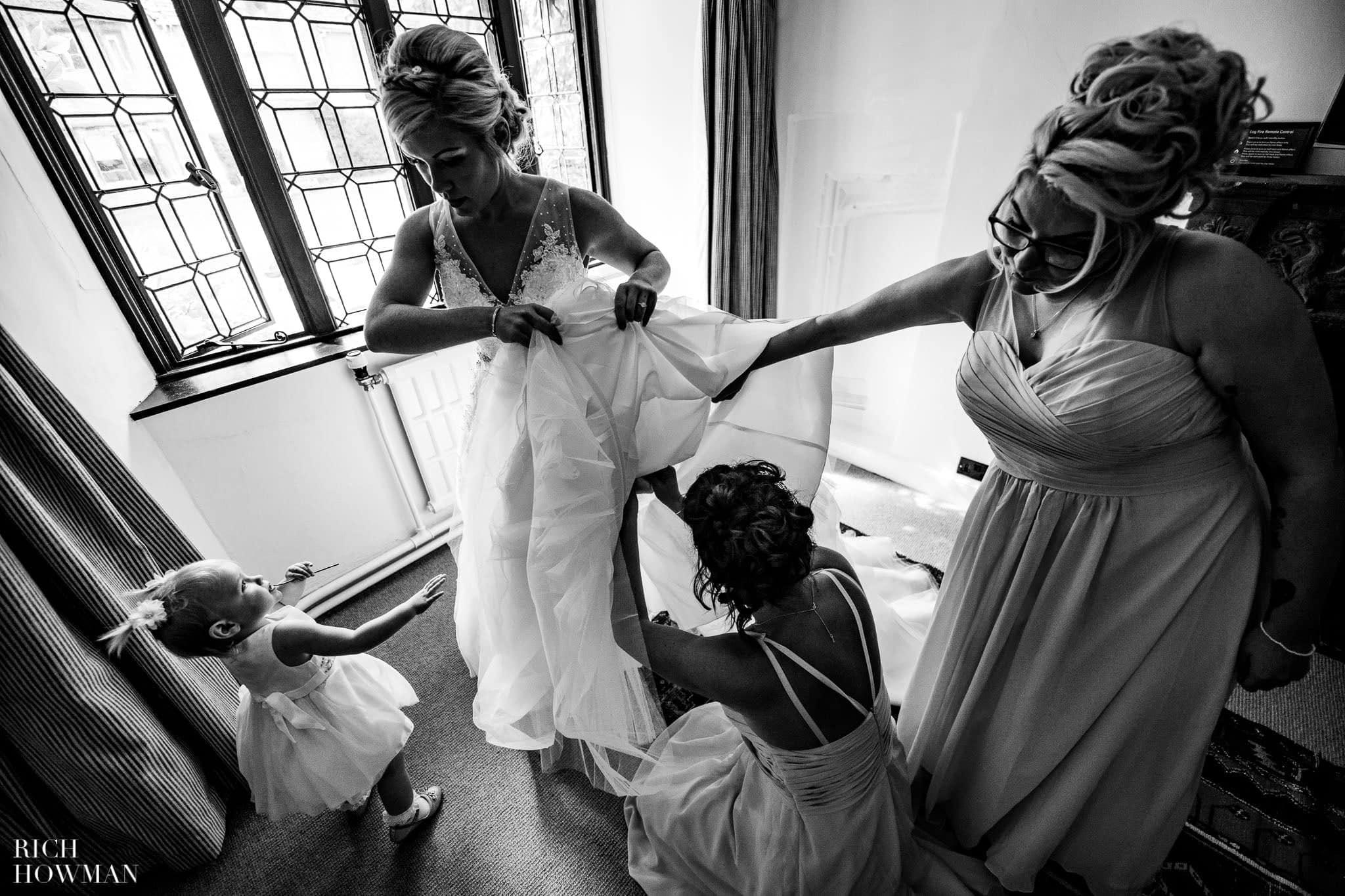 Wedding Photographers in Oxfordshire | Wedding Photographers Witney 341