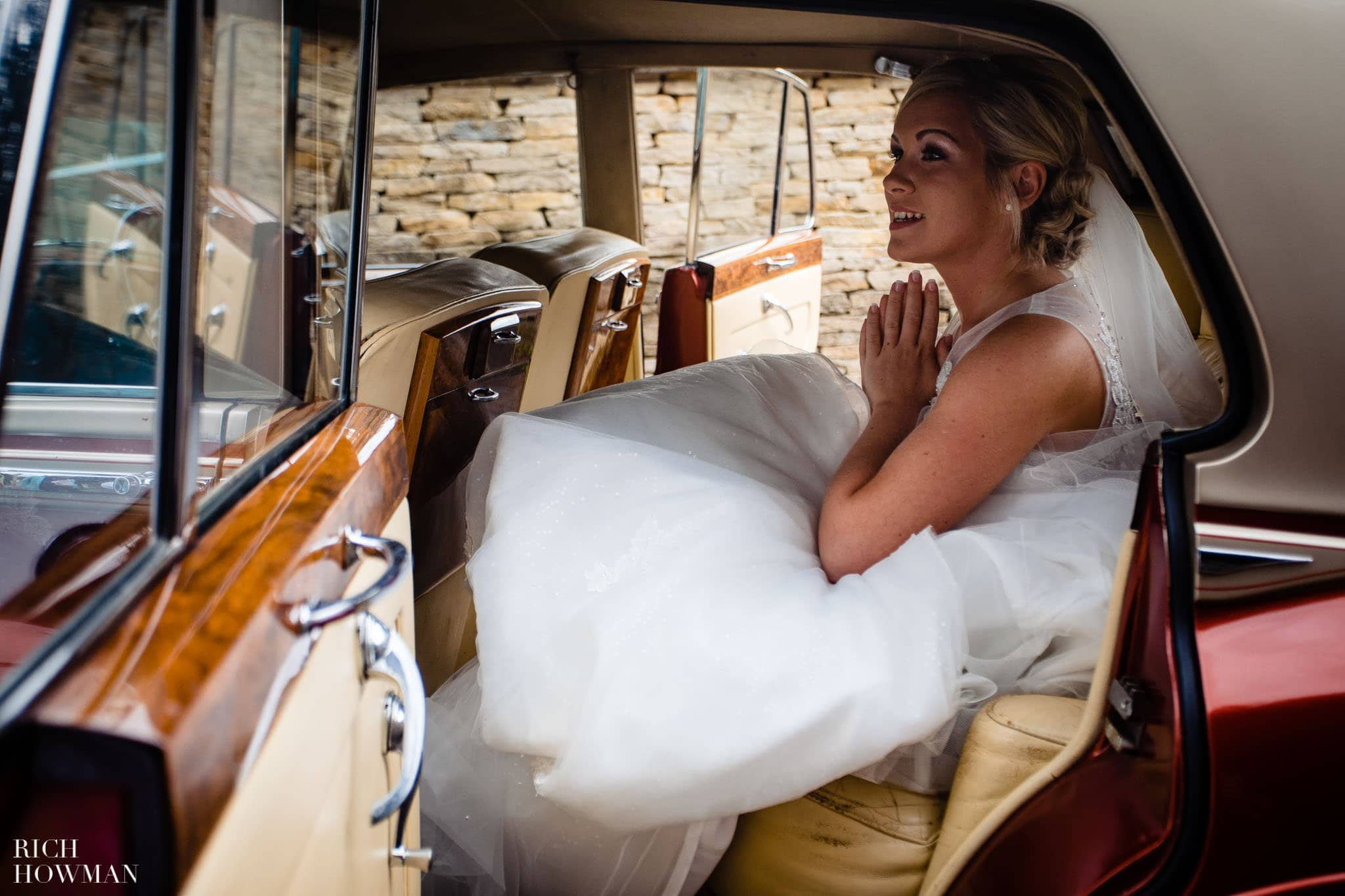Wedding Photographers in Oxfordshire | Wedding Photographers Witney 343