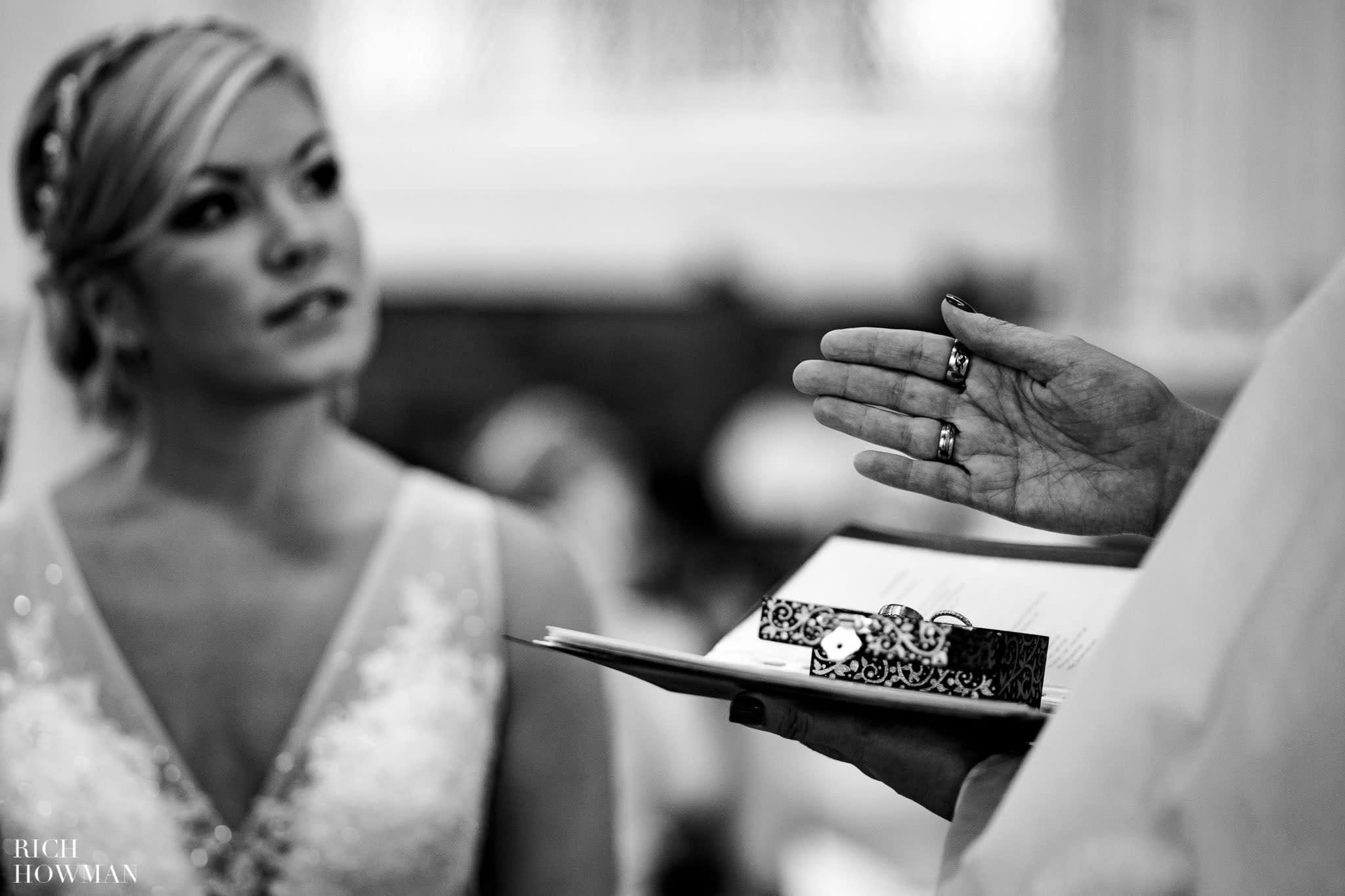 Wedding Photographers in Oxfordshire | Wedding Photographers Witney 358