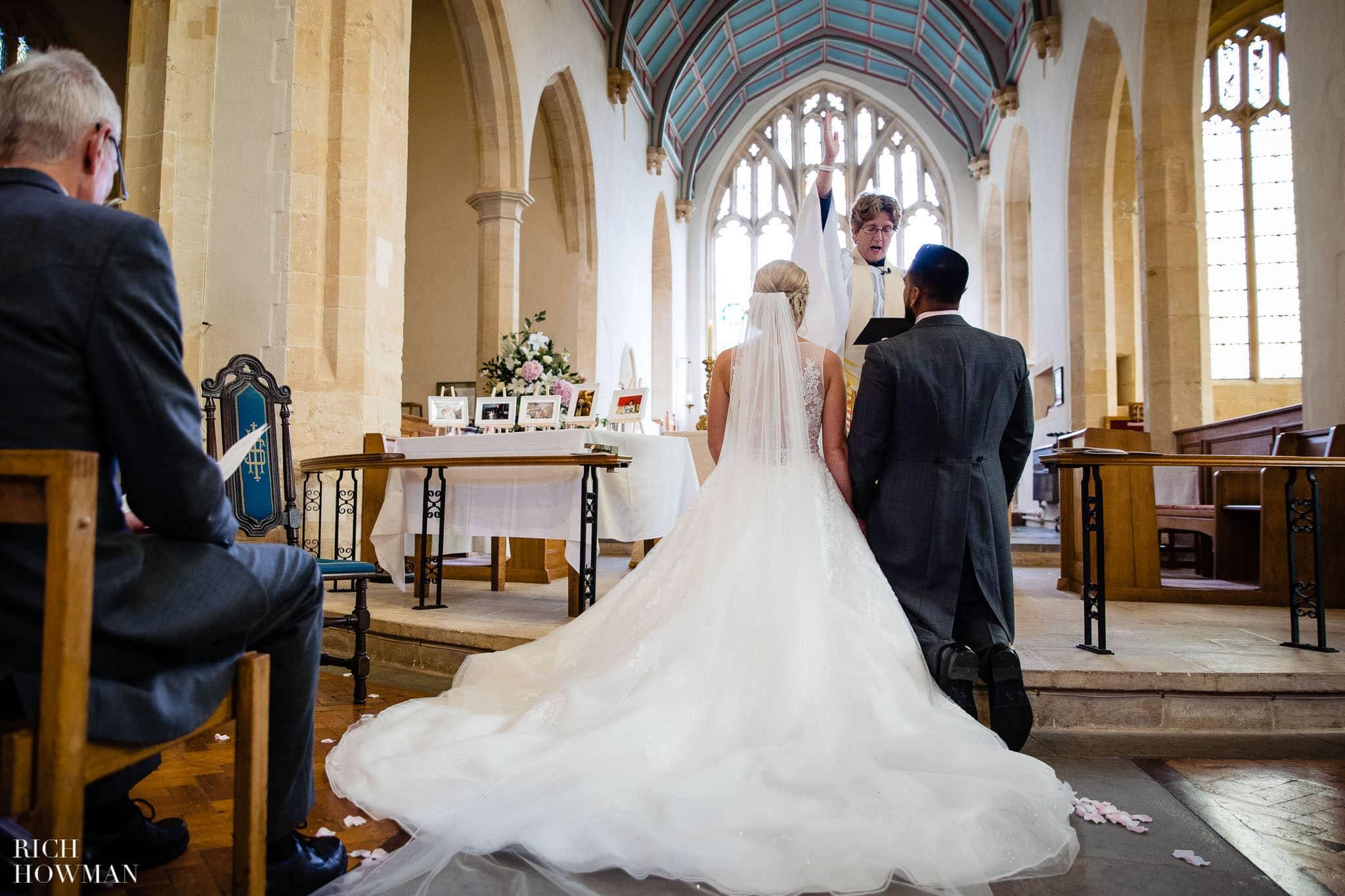 Wedding Photographers in Oxfordshire | Wedding Photographers Witney 359