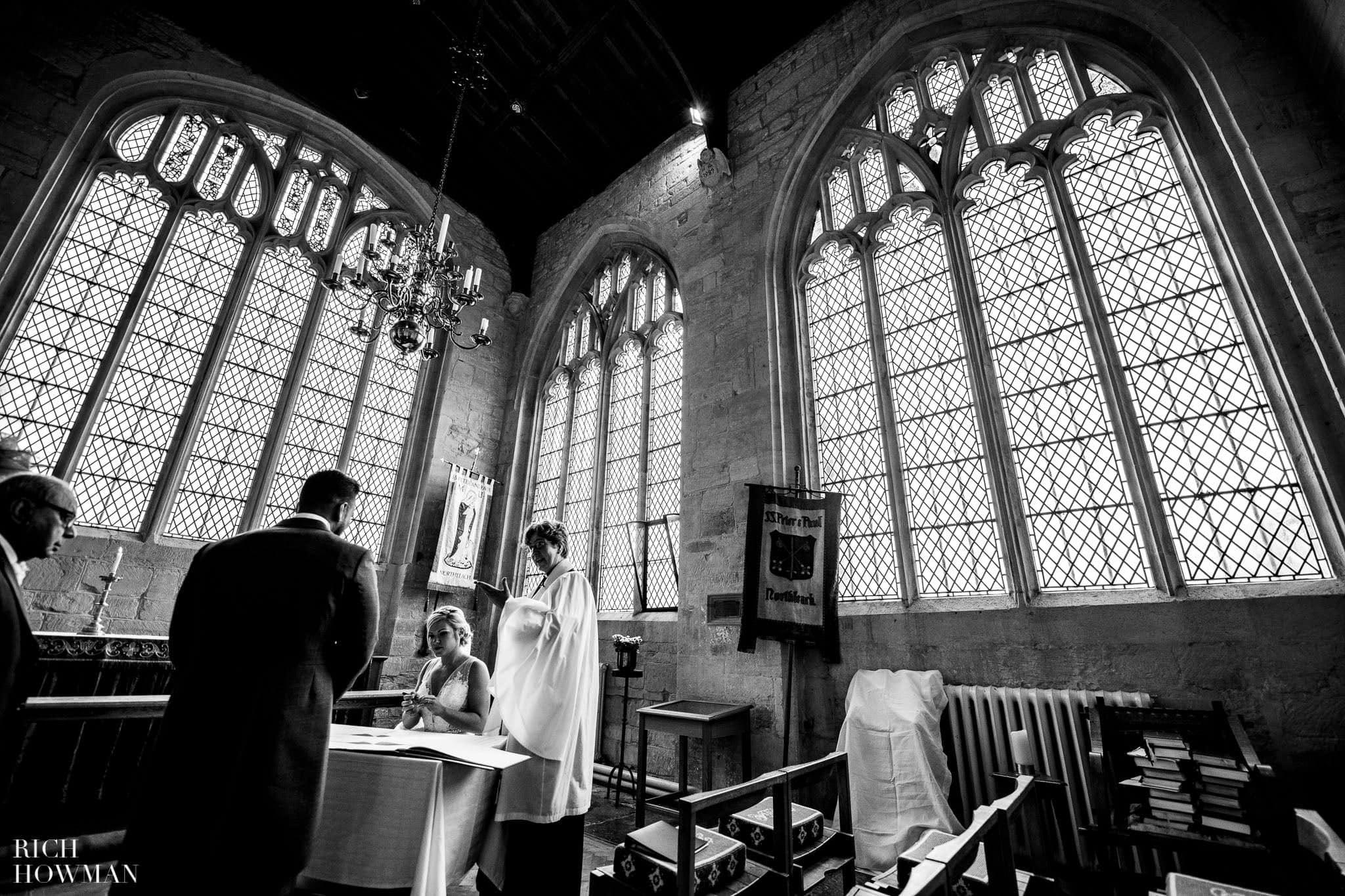 Wedding Photographers in Oxfordshire | Wedding Photographers Witney 360