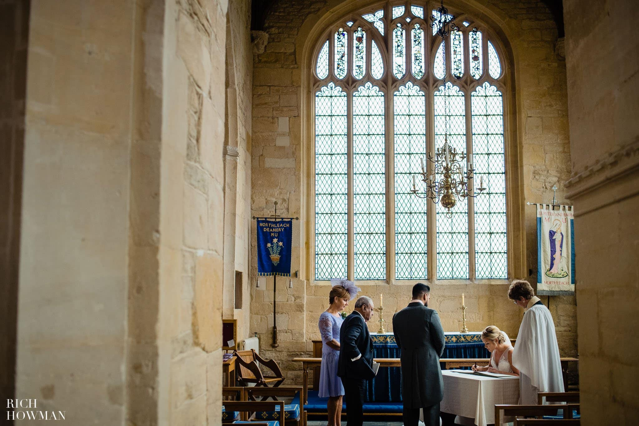 Wedding Photographers in Oxfordshire | Wedding Photographers Witney 361