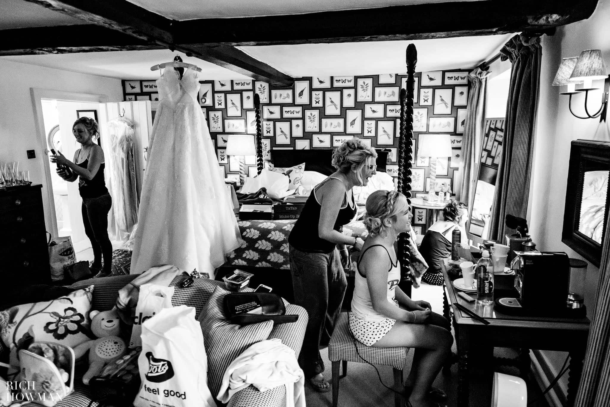 Wedding Photographers in Oxfordshire | Wedding Photographers Witney 318