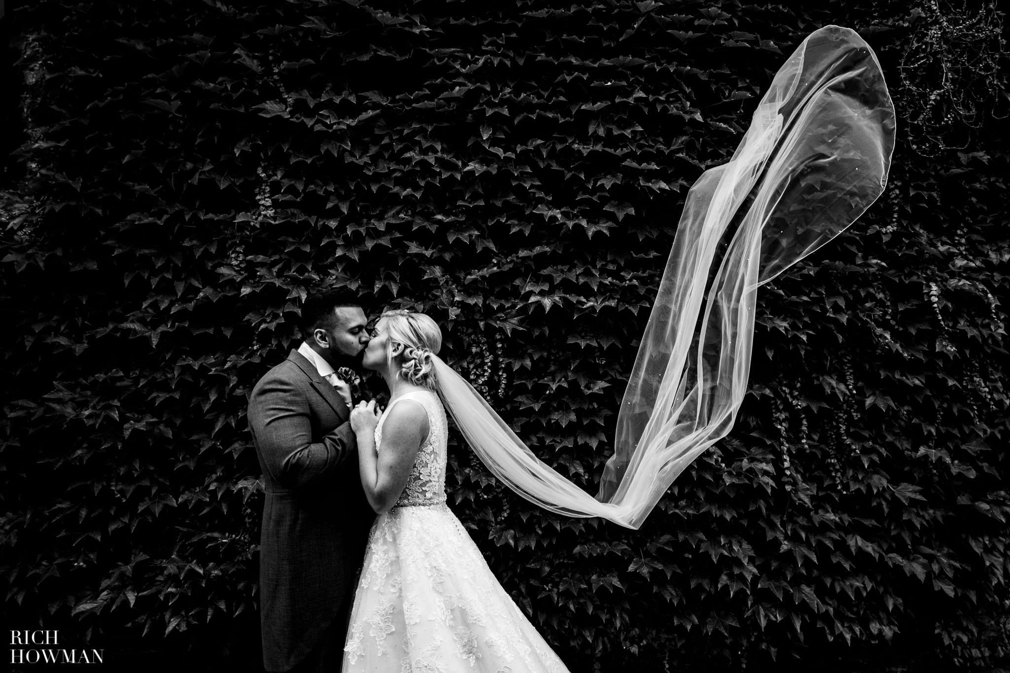 Wedding Photographers in Oxfordshire | Wedding Photographers Witney 394