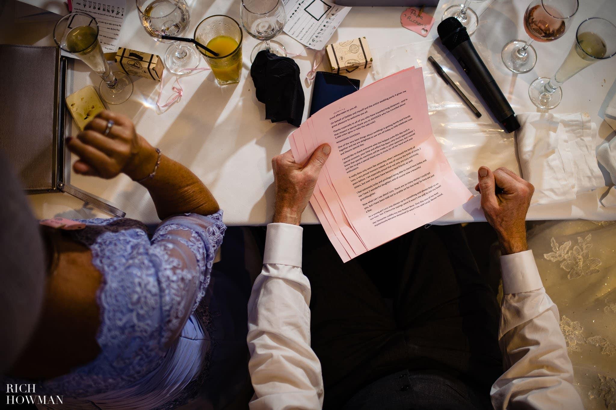 Wedding Photographers in Oxfordshire | Wedding Photographers Witney 399