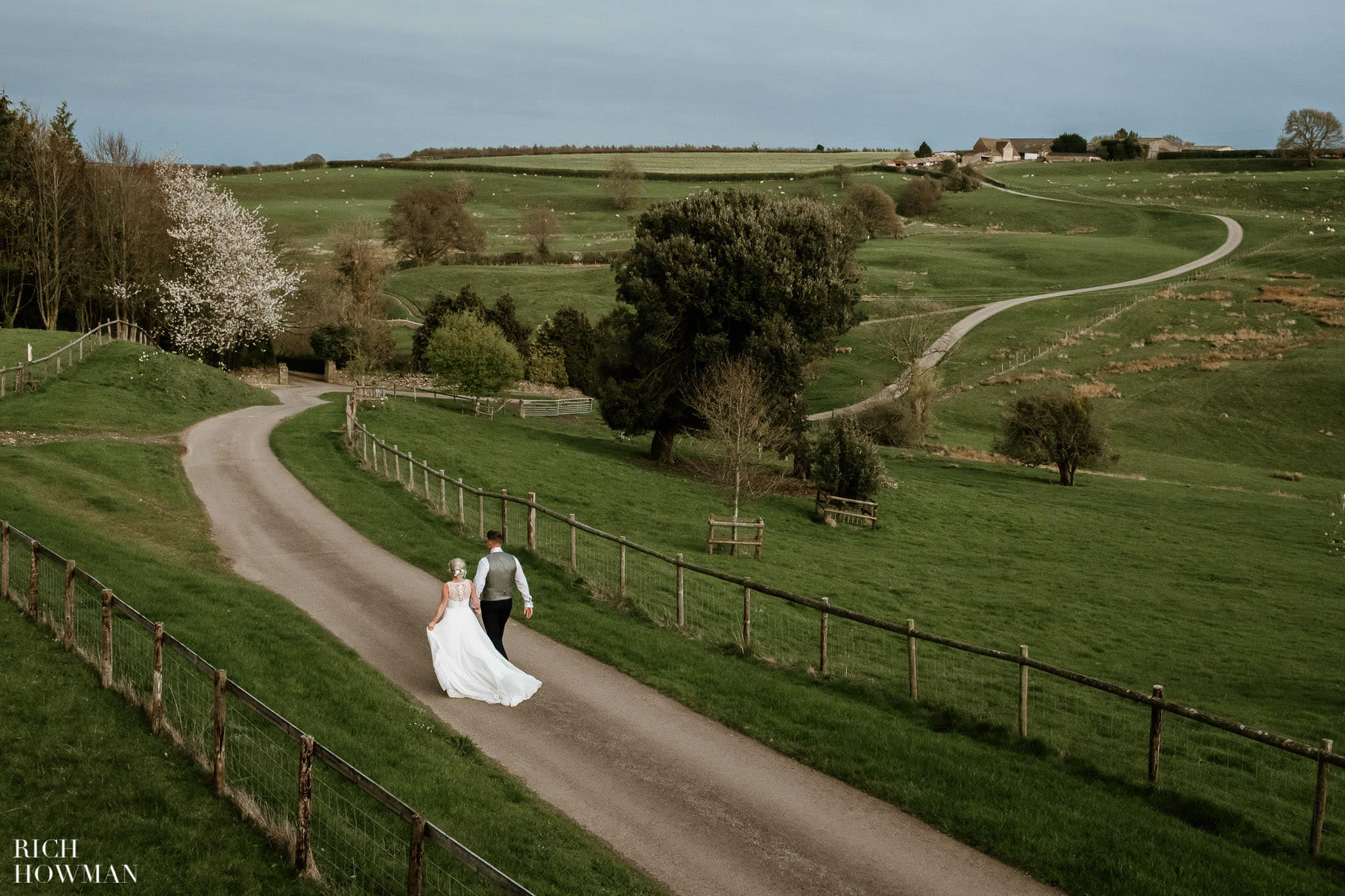 Kingscote Barn Wedding Photographer in Gloucestershire 601