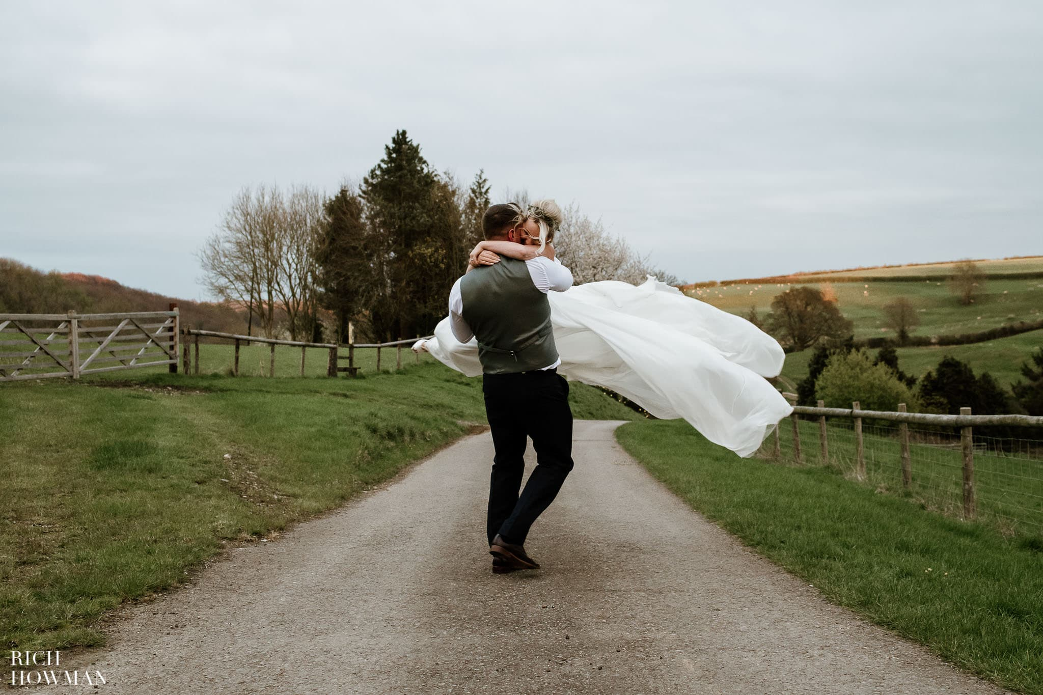 Kingscote Barn Wedding Photographer in Gloucestershire 606
