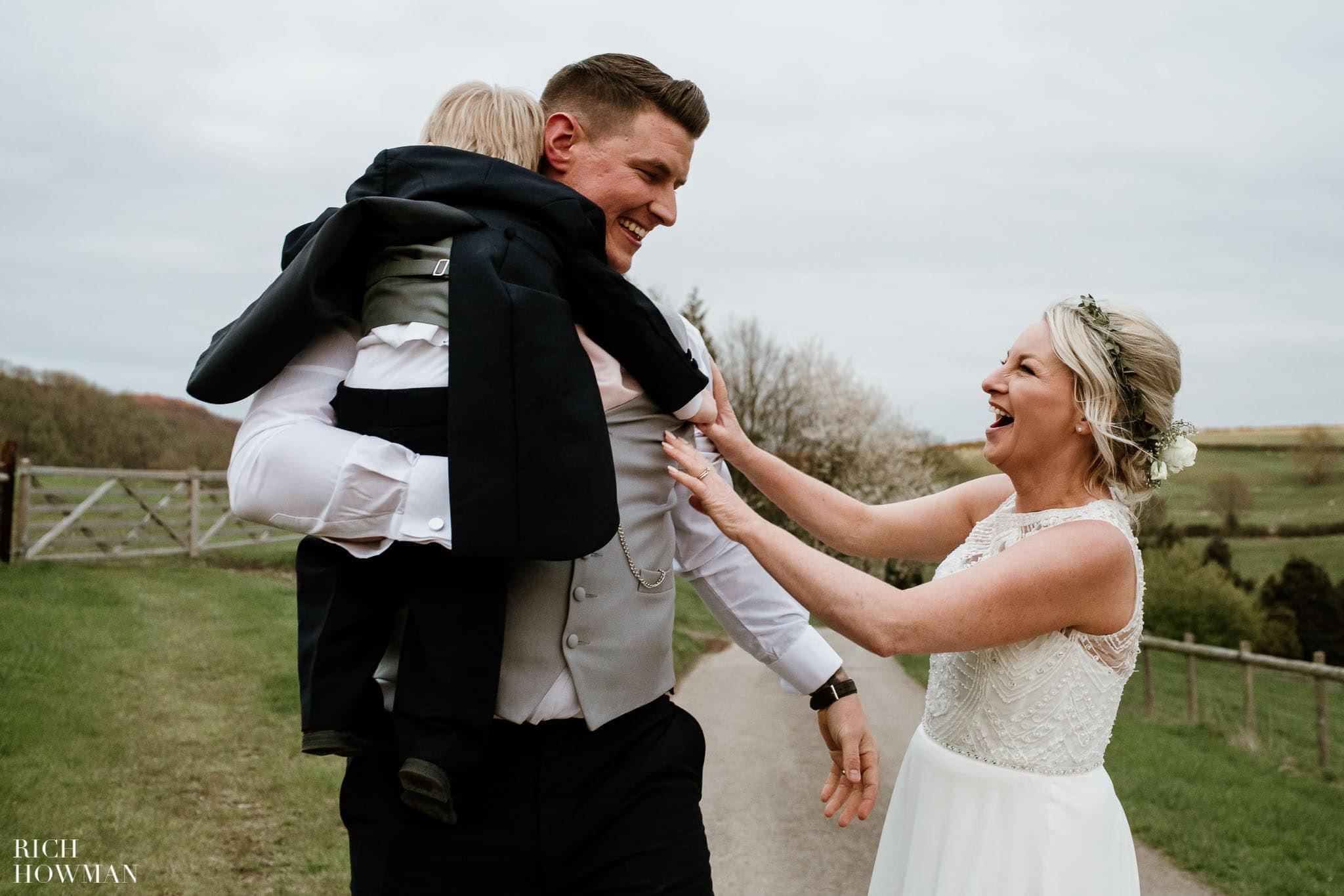 Kingscote Barn Wedding Photographer in Gloucestershire 610