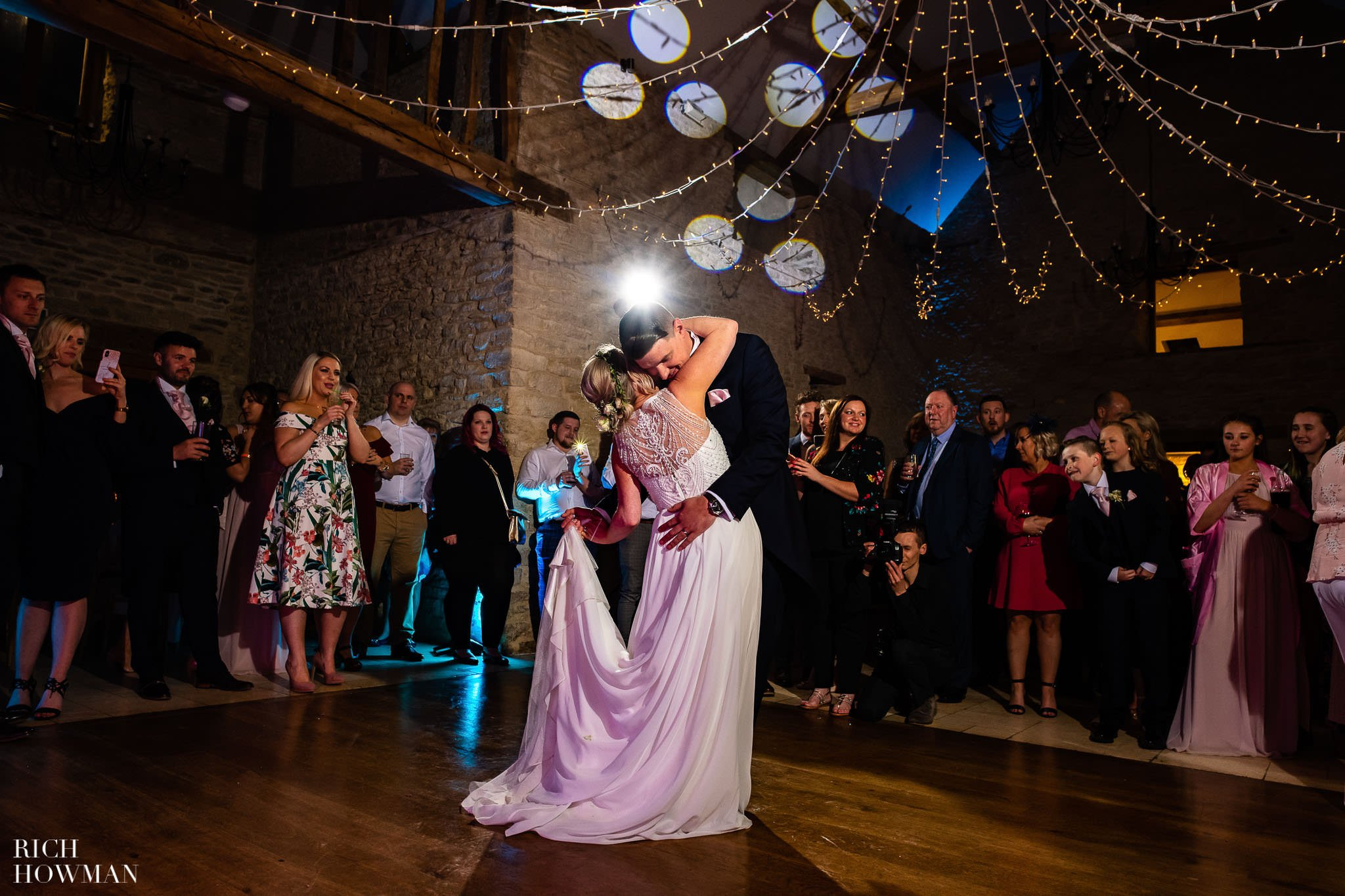 Kingscote Barn Wedding Photographer in Gloucestershire 614