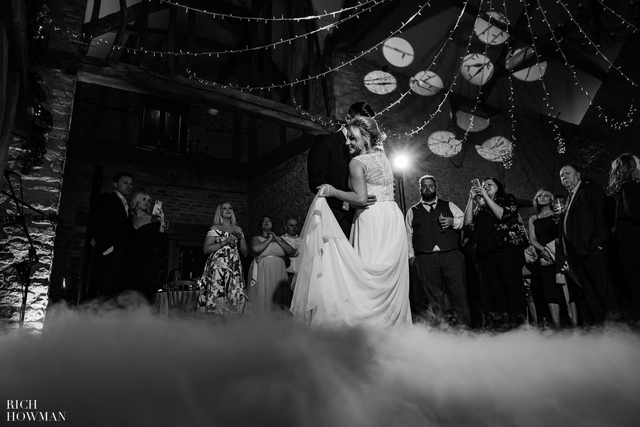 Kingscote Barn Wedding Photographer in Gloucestershire 615