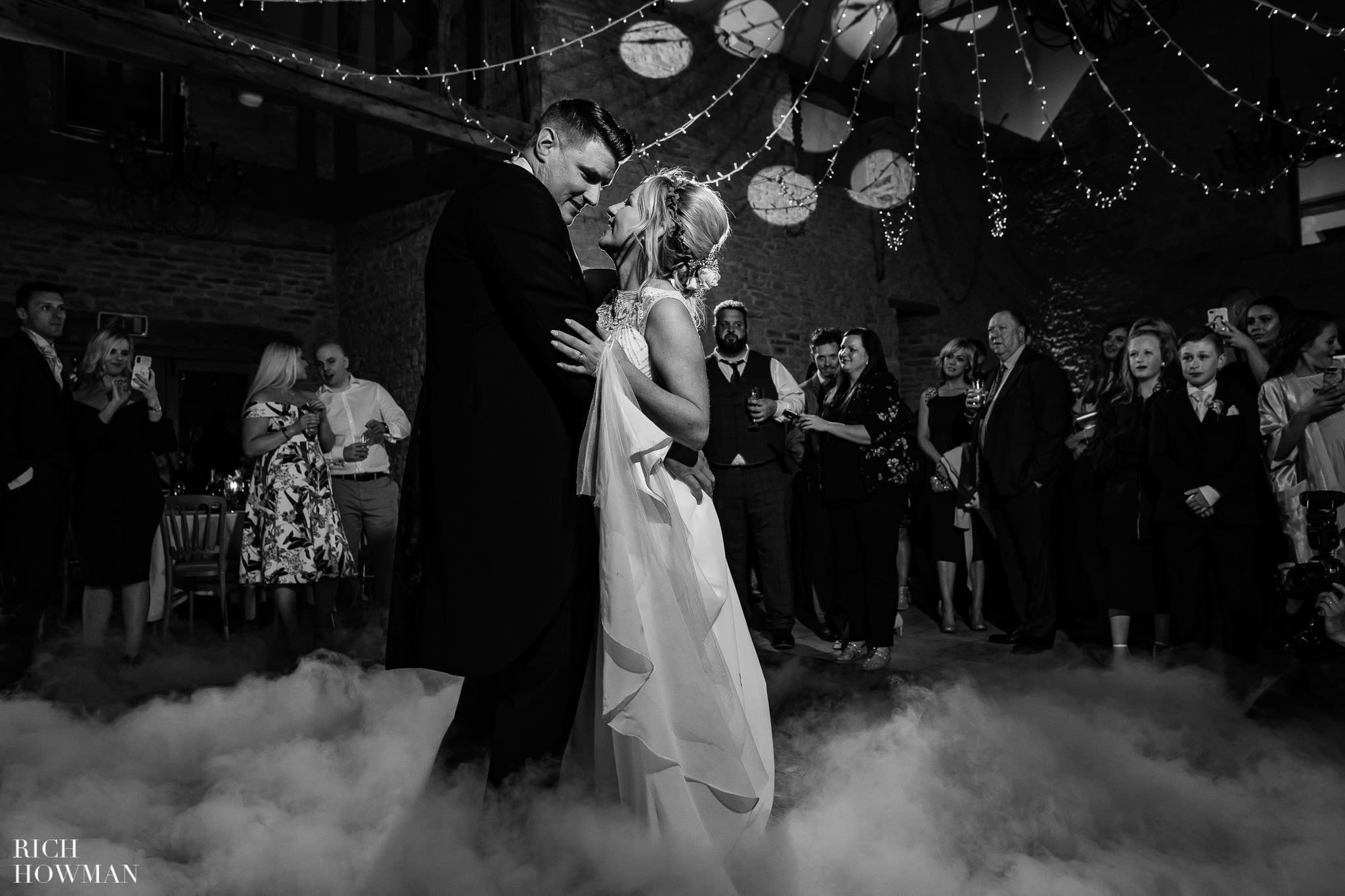 Kingscote Barn Wedding Photographer in Gloucestershire 616