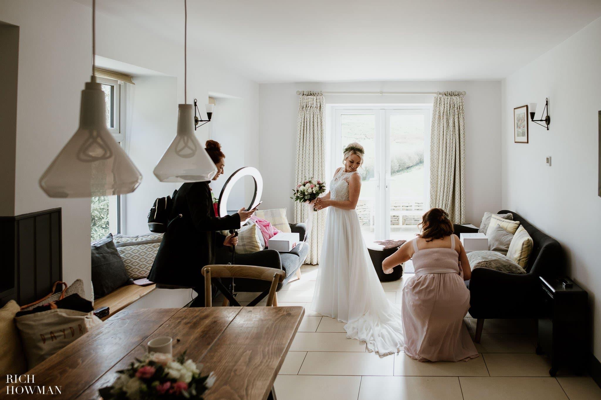 Kingscote Barn Wedding Photographer in Gloucestershire 528
