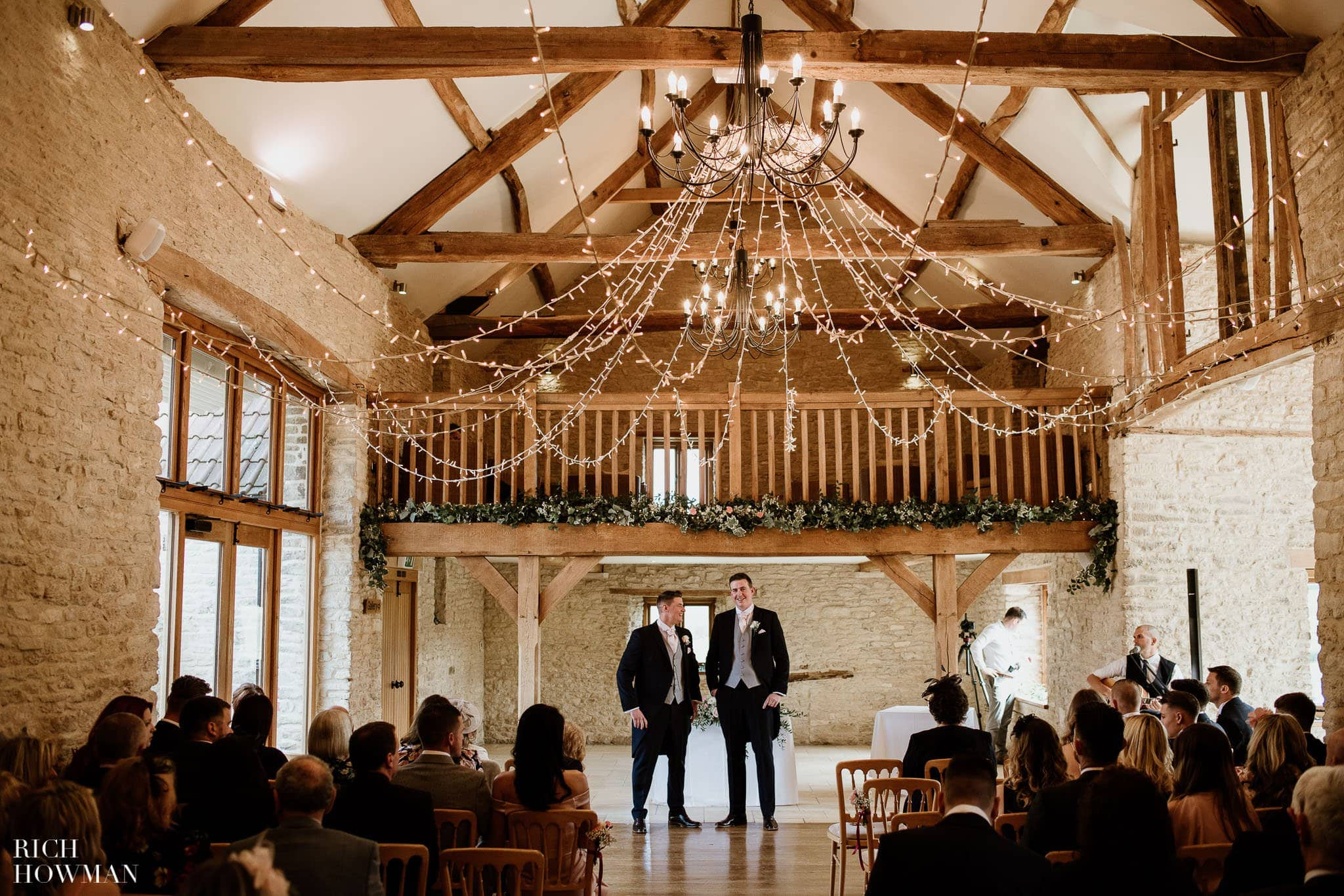 Kingscote Barn Wedding Photographer 22