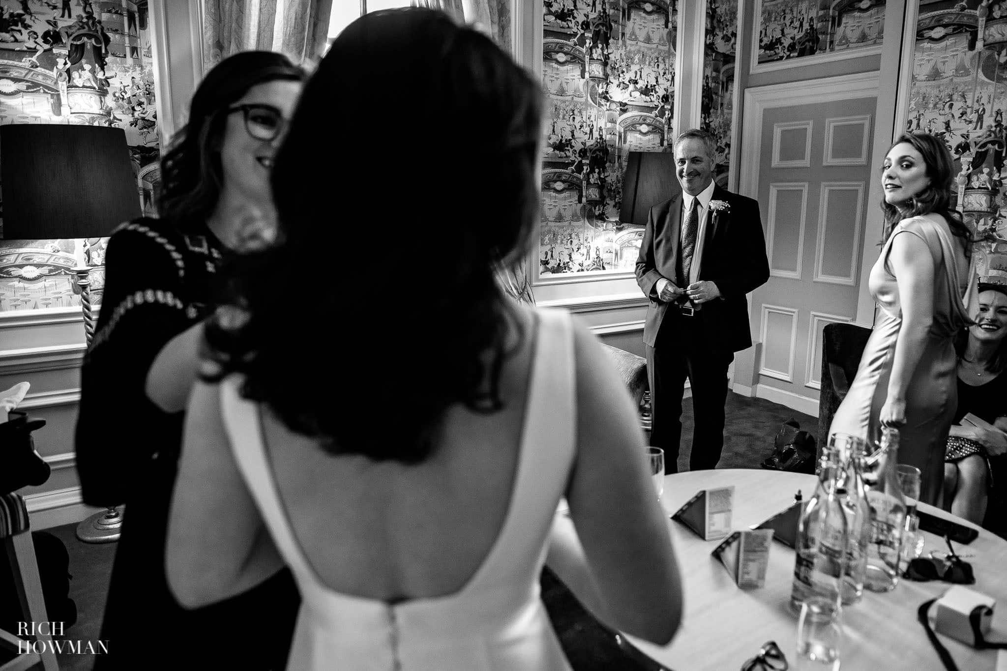 Hedsor House Wedding Photographer in Berkshire 19