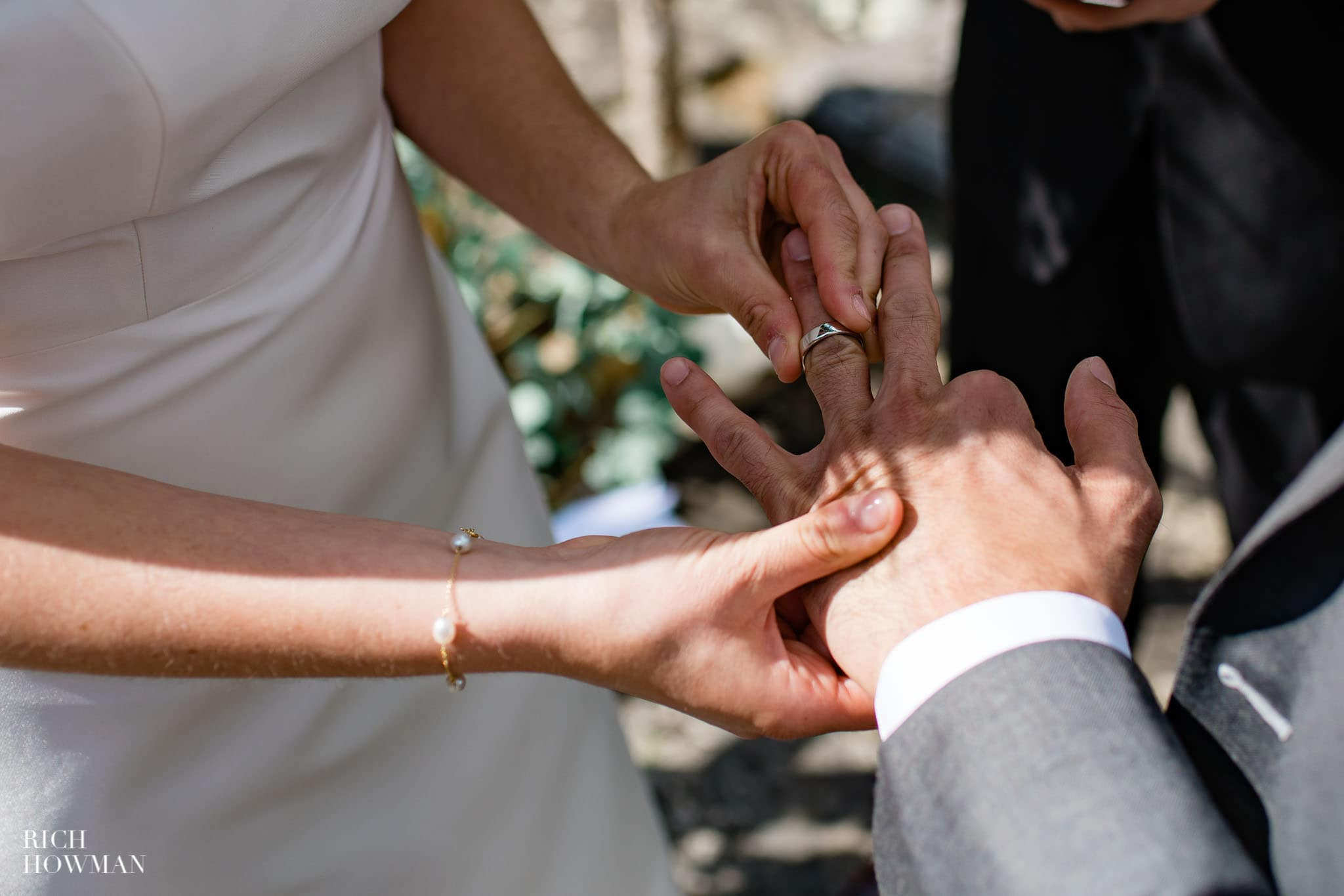 Hedsor House Wedding Photographer in Berkshire 47