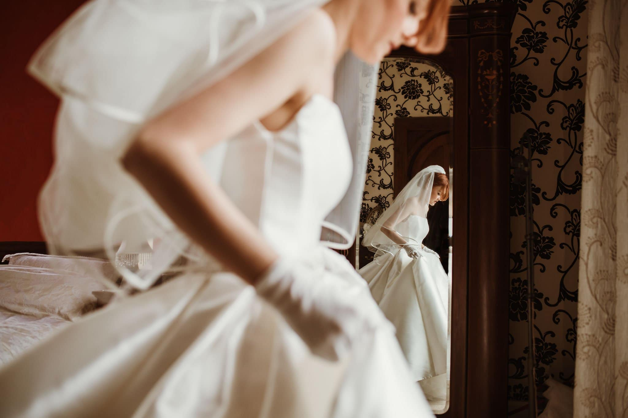 Old Down Manor wedding photography bride getting ready reflection