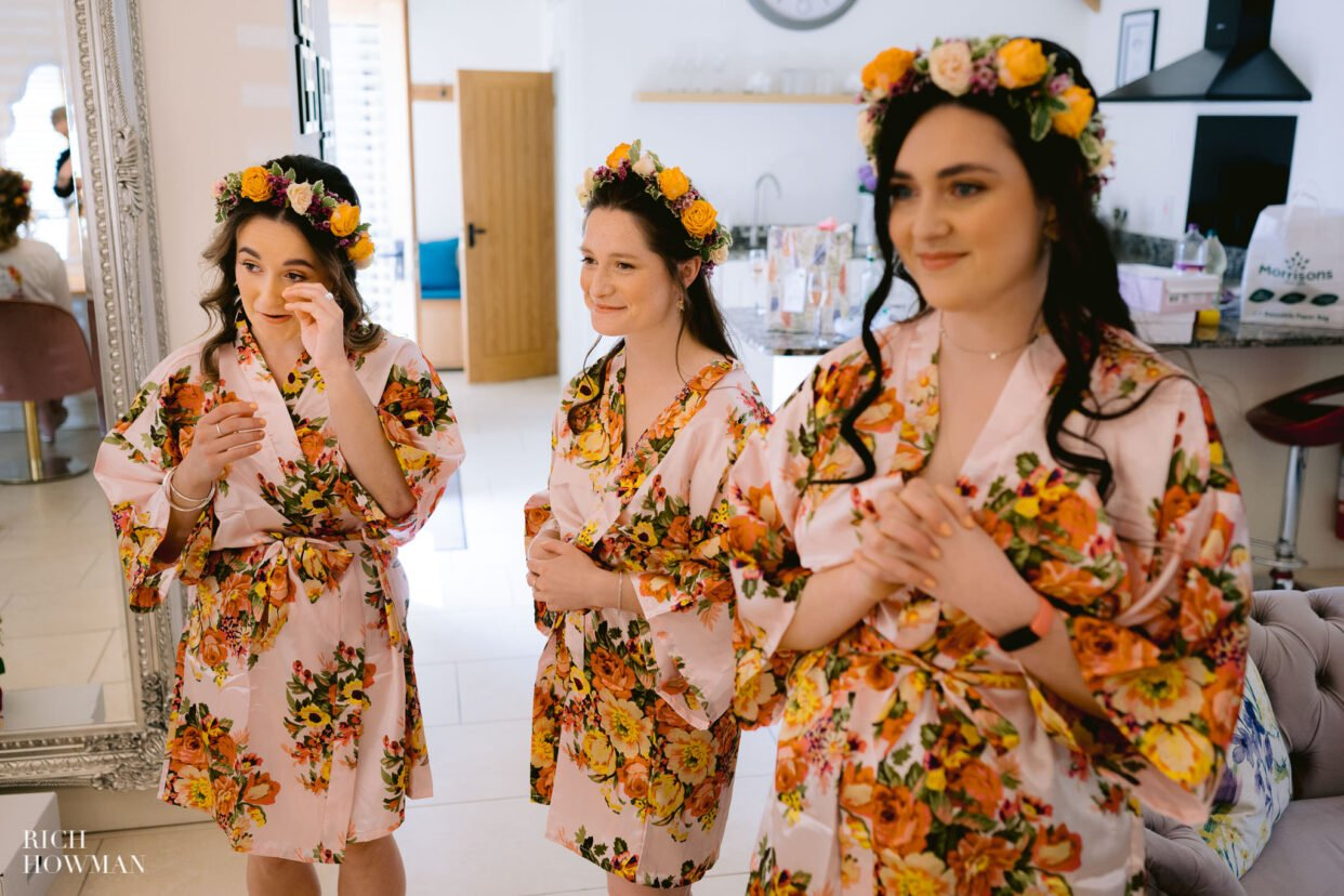 Gloucestershire wedding photographer bridal preparation