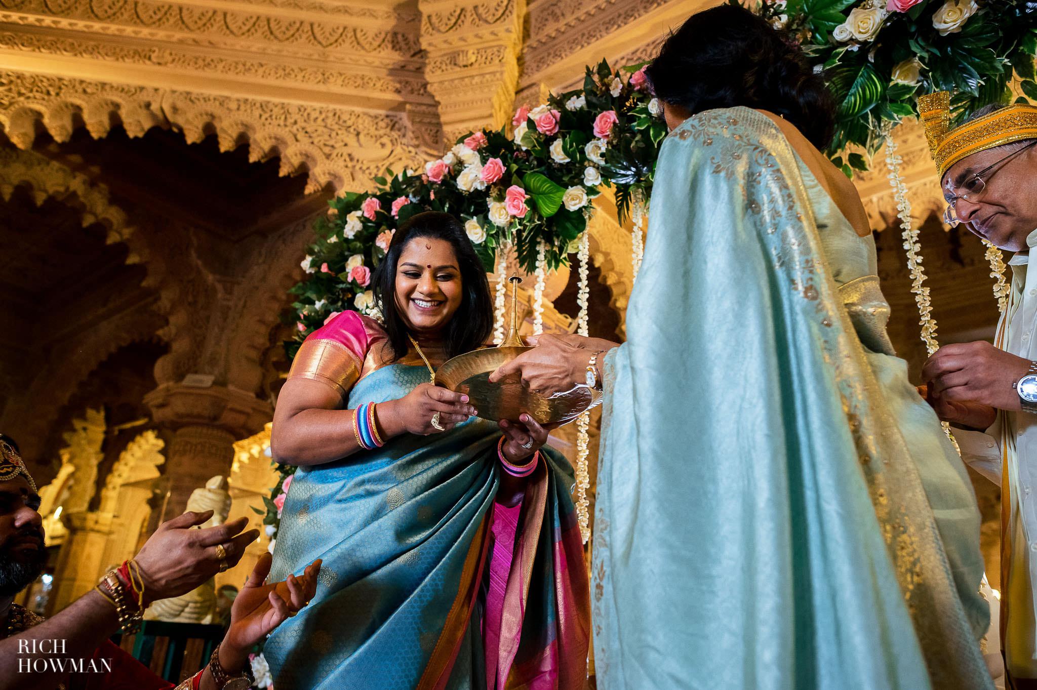 Tamil Hindu Wedding Photographer 40