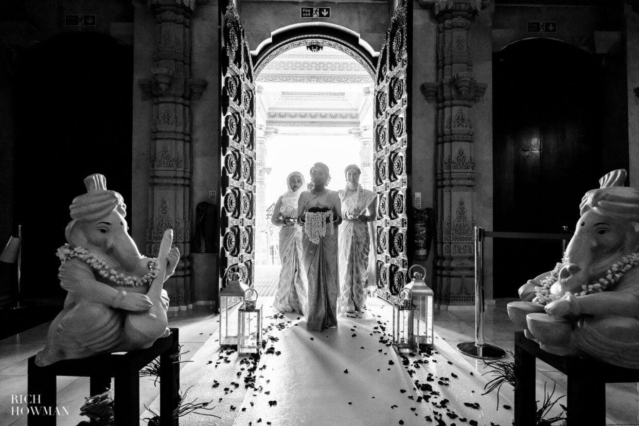 Tamil Hindu Wedding Photographer 34